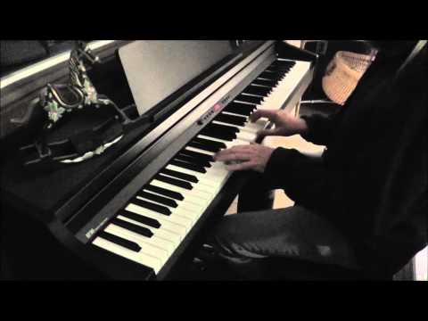Weihnachtslieder am Klavier zur Geburt von Jesus Christus