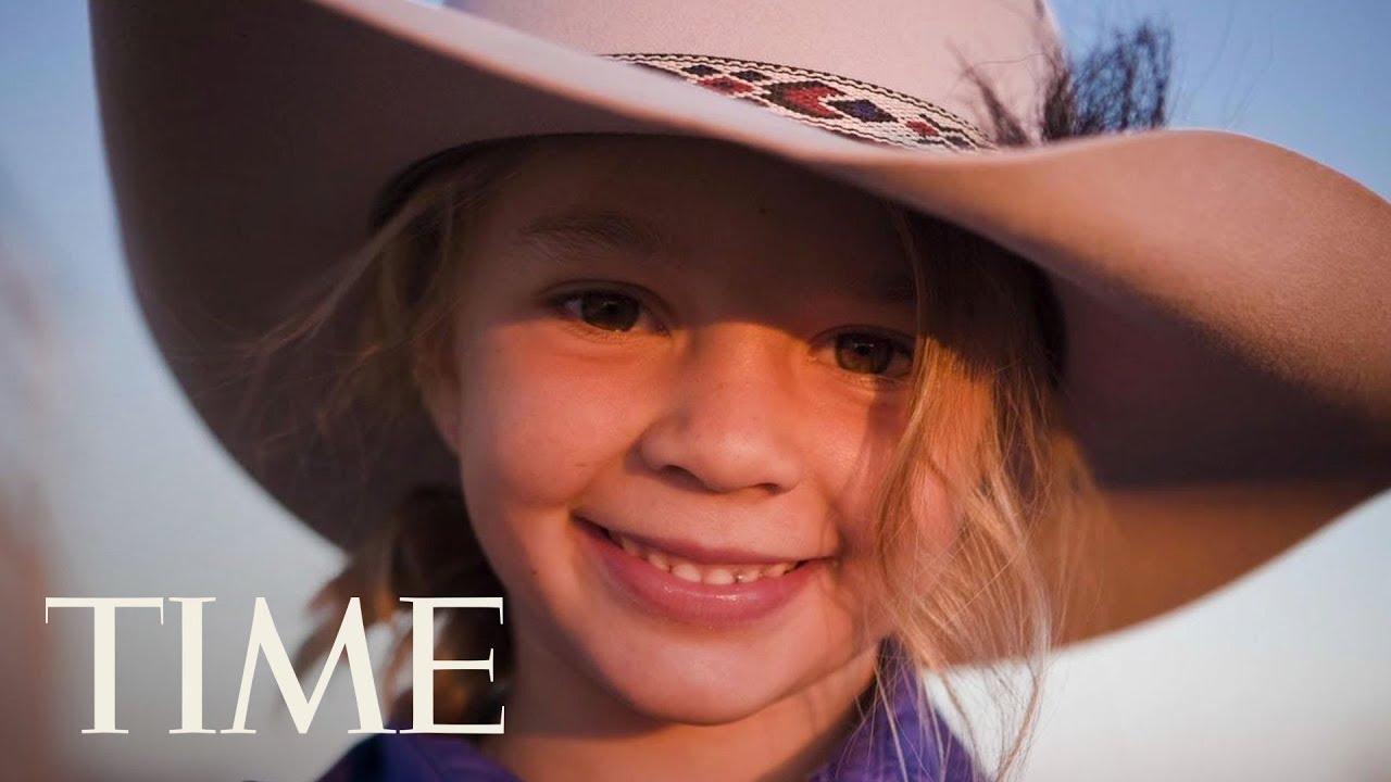 cyberbullying-blamed-for-australian-child-model-s-suicide-hundreds-grieve-for-dolly-everett-time