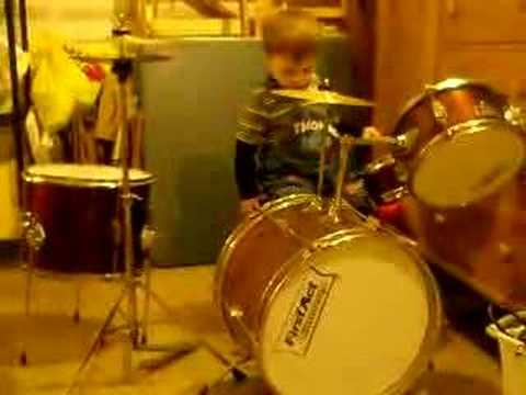 Helios Sings Christmas Songs with Drums