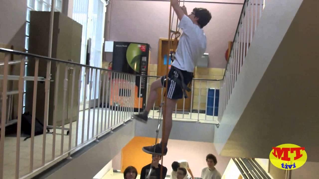 Échafauder une cage d'escalier