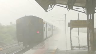 Trains in Heavy Rain : Rajdhani, Ranakpur, Saurashtra, Chennai Express!! Indian Railways!!