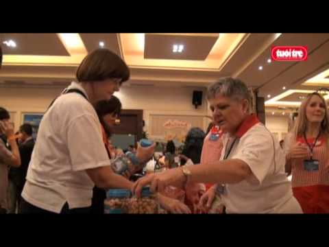 Foreign missions in Vietnam hold charity bazaar