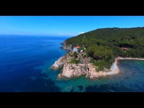 Elba from the sky - Baia di Procchio e Hotel del Golfo - 4K