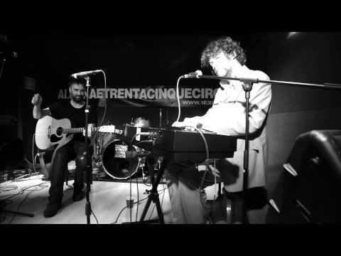 Liam O' Maonlai & Peter O'Toole - Lakes of Ponchartrain
