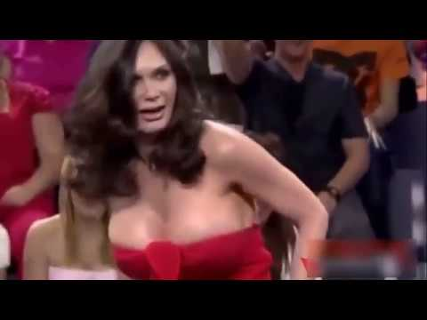 video-of-boob-flash-on-live-tv