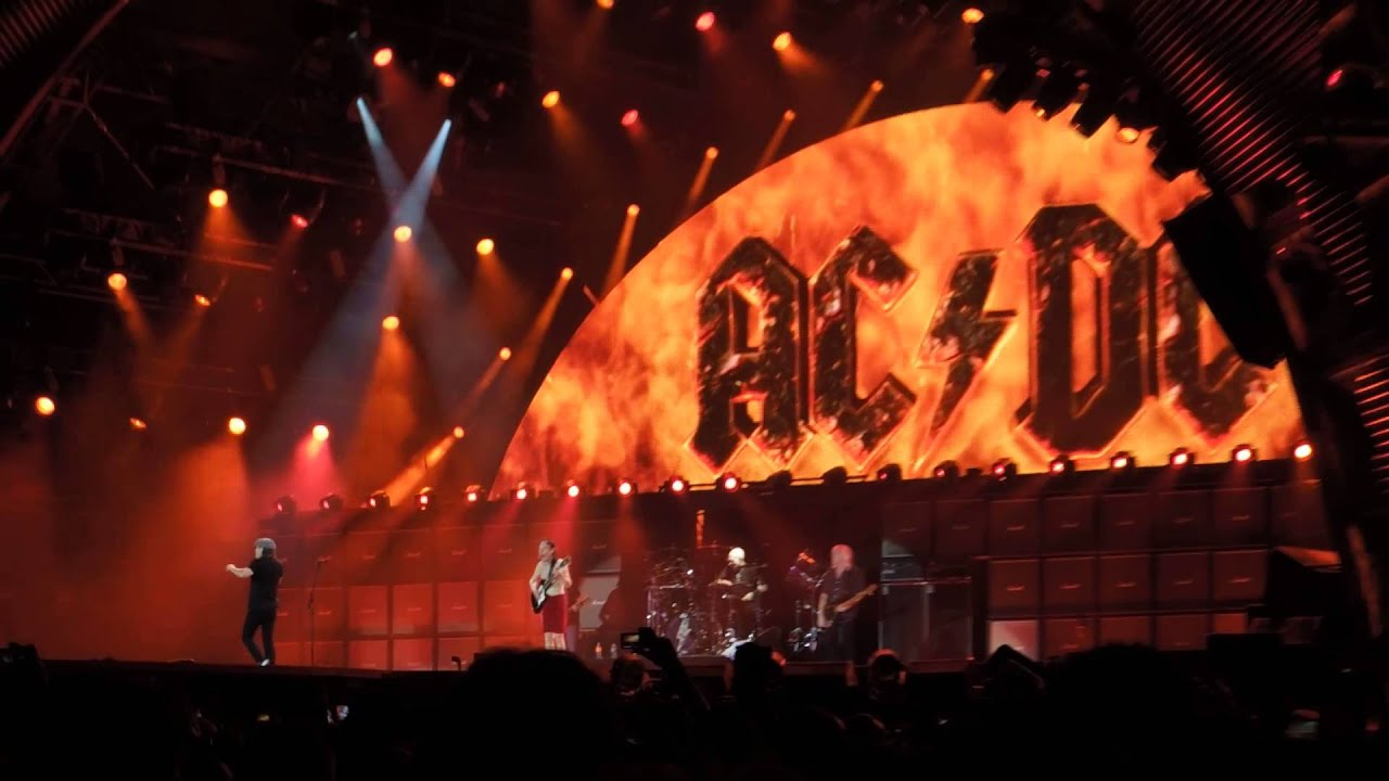 ac dc highway to hell live olympiastadion berlin youtube. Black Bedroom Furniture Sets. Home Design Ideas