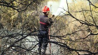 Les pompiers à l'oeuvre pour éviter de nouveaux départs de feu