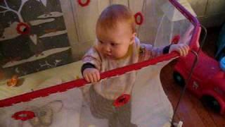 Emilie digger sangene på Jul i svingen