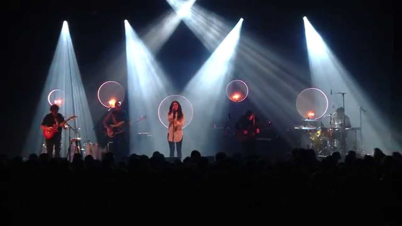 intergalactic-lovers-bruises-live-at-the-ancienne-belgique-2015-02-14-pulsar77