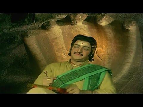 Sri Madvirat Veerabrahmendra Swamy Charitra || Siva Govinda Govinda Video Song || NTR, Bala Krishna