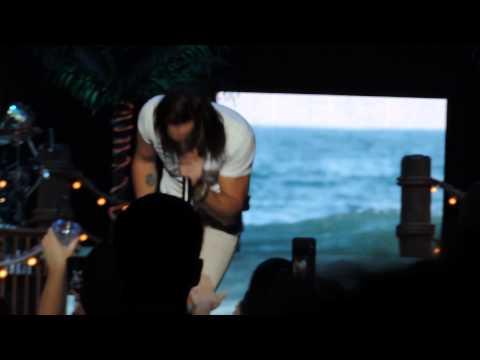 Jake Owen - Beachin' (5/1/14 LIVE in Fort Wayne)