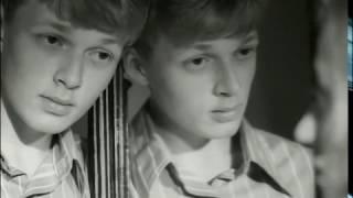 Каникулы в зазеркалье (1998) фильм