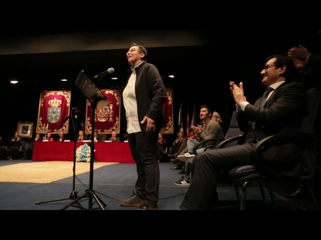 El Colegio de Abogados y Ángela Paz reciben los premios Cidade de Pontevedra