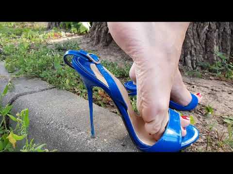 Nando muzi slingbacks walks, slingbacks walking with a straps down, high heels walking (scenes 570)