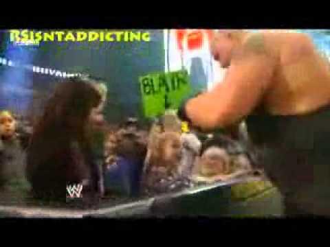 Big Show meets Randy Orton Daughter - YouTube