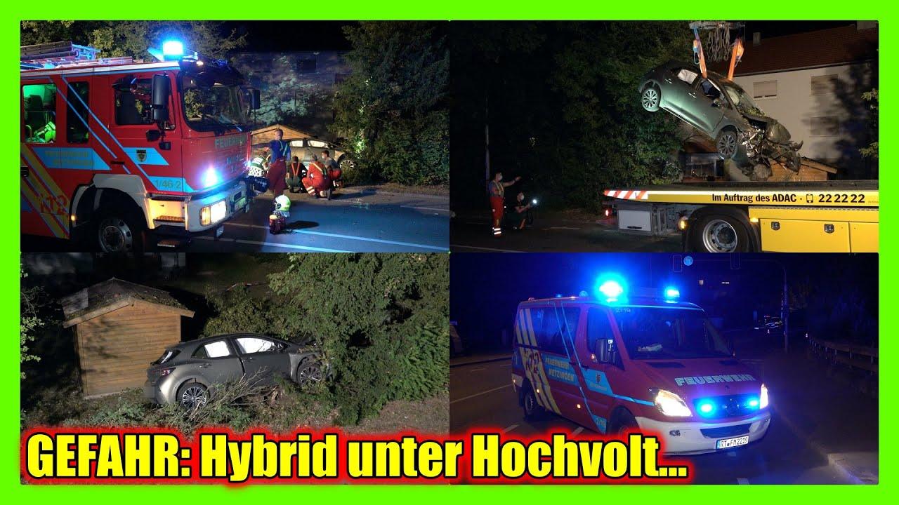 GEFAHR: UNFALLFAHRZEUG unter HOCHVOLT beim HYBRID [Feuerwehr Metzingen] - Fahrer alkoholisiert [E]