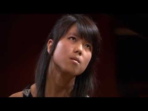 Kate Liu – Nocturne in B major Op 62 No 1 first stage