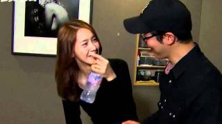 SNSD Yoona and manager oppa.. - Stafaband