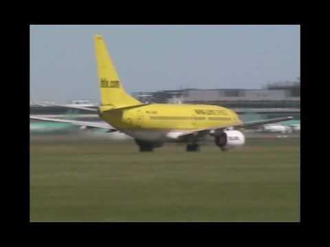 Hapag Lloyd Express (HLX) 737 taking off
