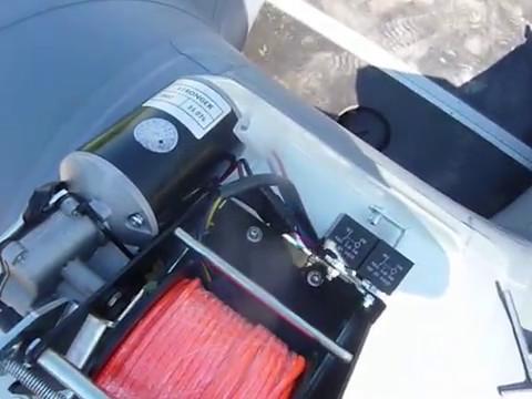 Установка пластиковой площадки(платформы) и лебедки Stronger на лодку ПВХ