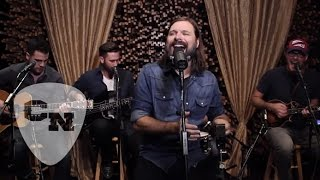 "Mac Powell Performs ""Call Me The Breeze"" 