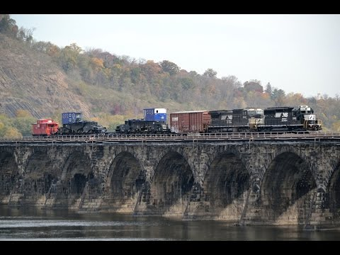 """Castle Used Cars >> NS 054 with """"World's Largest Rail Car"""" - Schnabel car WECX 801 - YouTube"""