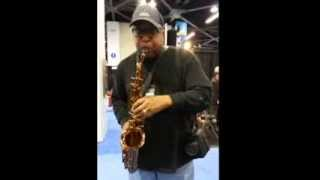 Charles McNeal plays the CE Winds Five Spot (Vintage Meyer New York) alto sax mouthpiece