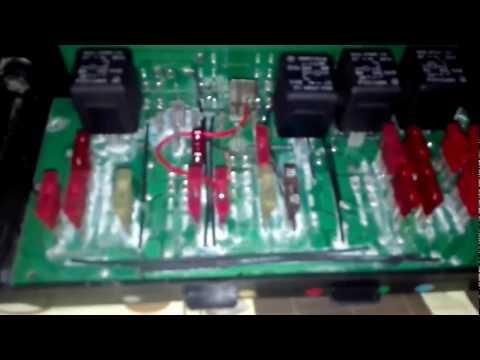 Снятие и установка блока предохранителей и последующий ремонт на ВАЗ 2107 инжектор