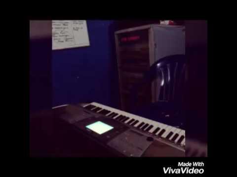 Latihan piano .judul cinta sebatas patok tenda
