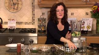 Creamy Zucchini Soup: Raw, Dairy-free