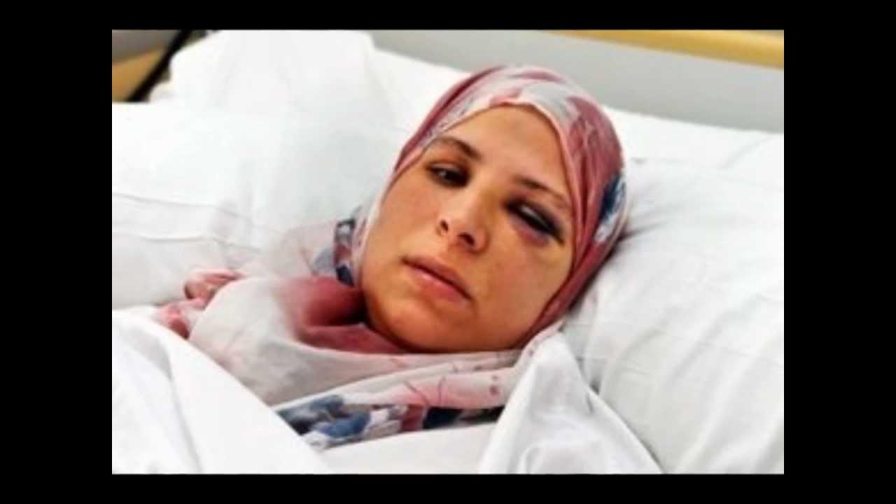 Top Femme voilée enceinte frappée par un islamophobe FN à Gaillac. NON  CQ59