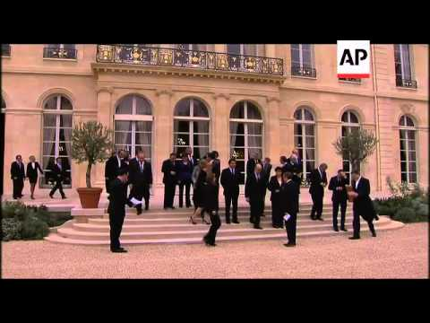Sarkozy faces the French over new government