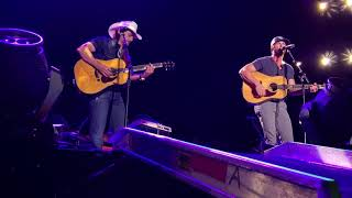 Download Brad Paisley & Riley Green duet - I Wish Grandpas Never Died Mp3 and Videos