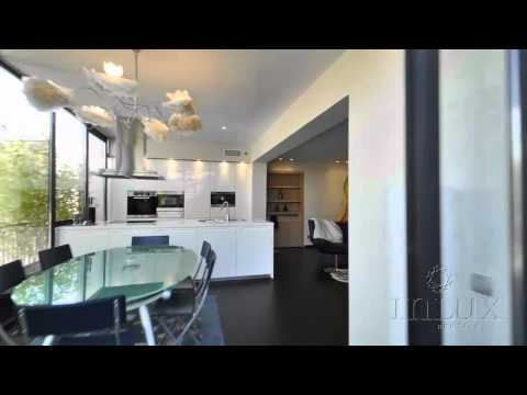 Inlux presents a penthouse apartment in central Cannes