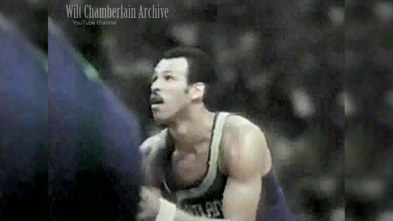 Lou Hudson 33pts 5reb 4a 2blk Hawks at Suns 12 25 1970 Full