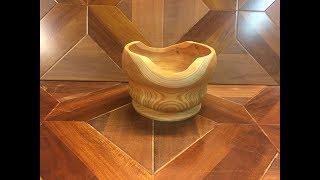 Пробная работа  лиственницей или как сделать вазу из дерева на токарном станке с не ровными краями !