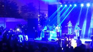 Ya Rabba Dede Koi Jaan- Kailash Kher Live Concert15