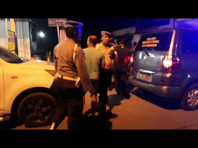 Polisi menjaga bentrokan antara fbr sama ambon