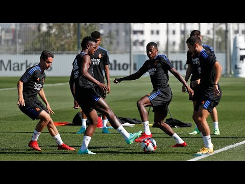 Real Madrid Training 6 Aug: warm-up, pressing,positioning drills, small sided games, Benz still away