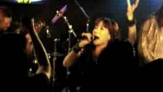 """Japanese QUEENSRYCHE tribute band: """"Jyotei Kocka"""" plays """"My Empty Room"""" & """"Eyes Of A Stranger"""". 高画質再生に対応しています。 クイーンズライチ カバー ..."""