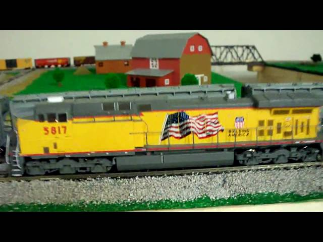 Review of the HO scale Athearn RTR AC4400 in Union Pacific Scheme, DCC quick plug equipped.