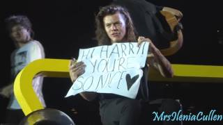 Harry Styles - Some of best moments on stage OTRA TOUR - Part 5