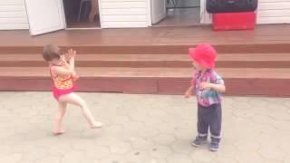Танцуй пока молодая....