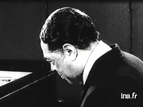 Duke Ellington: Take the A Train  solo piano