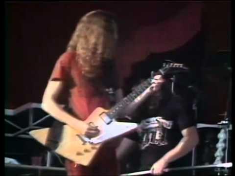 Lynyrd Skynyrd - Free Bird (Live 1976 at Knebworth Festival)