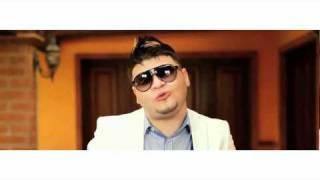 Repeat youtube video Farruko Hola Beba Video Oficial