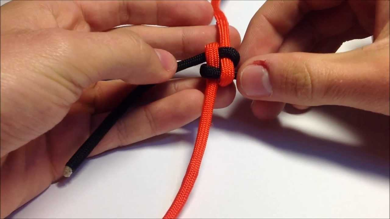 How To Tie Make A Paracord Box Square Knot Lanyard