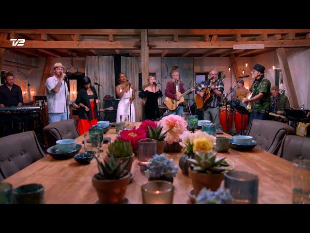 Lars H.U.G. & Co. synger 'Altid lys' | Toppen af poppen | TV 2