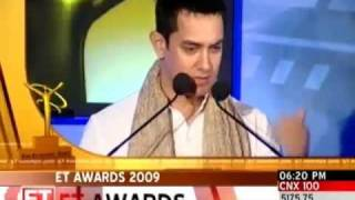 Aamir Khan wows audience at ET Awards function Business Videos The Times of India
