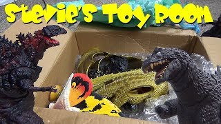 Who Would Do This To Toys!!! - Stevie's Toy Room